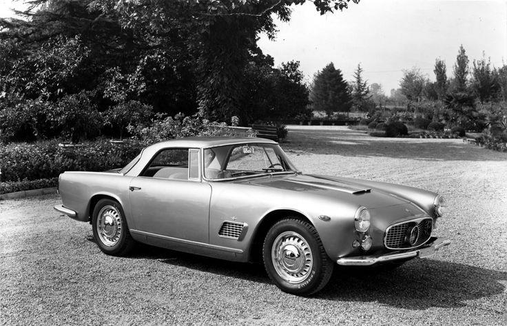 ... , al salone del veicolo d'epoca di Milano c'è anche Maserati