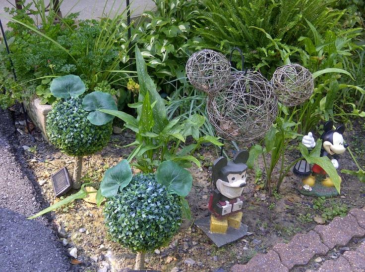 Mickeys in my garden. Disney HouseOutdoor DecorMickey ... - 90 Best Disney Backyard Images On Pinterest Disney Crafts