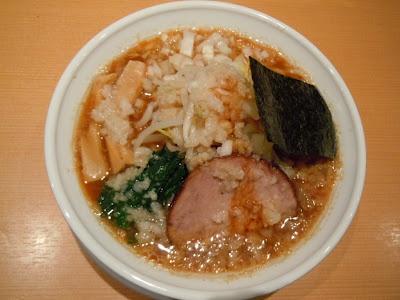 背油煮干濃厚醤油 どっかん Dokkan in Hatagaya  http://noreason-hiroshi.blogspot.jp/2012/03/dokkan-in-hatagaya.html