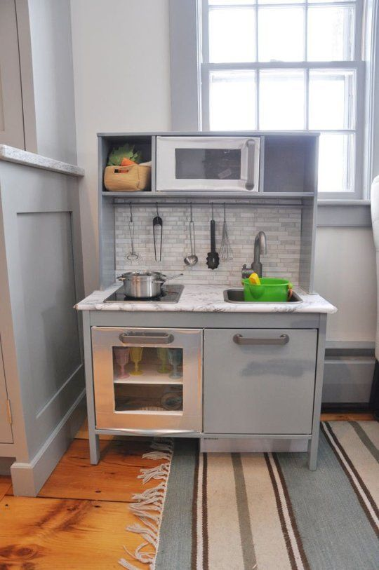 10 Upgraded Play Kitchens That I Wish Were Mine
