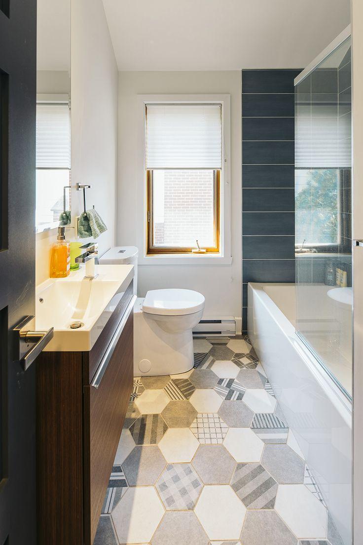Architecture / Design / Contemporain / Salle de bain / Noir et blanc / Toilette / Vanité / Céramique // Interior Design / Contemporary / Bathroom / Black and White / Ceramic