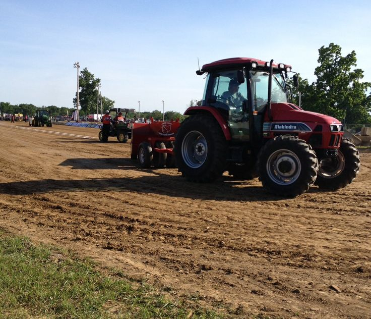 tractor pulls and the national tractor National tractor pulling championships, bowling green, oh 23k likes the  national tractor pulling championships is the largest outdoor truck and.