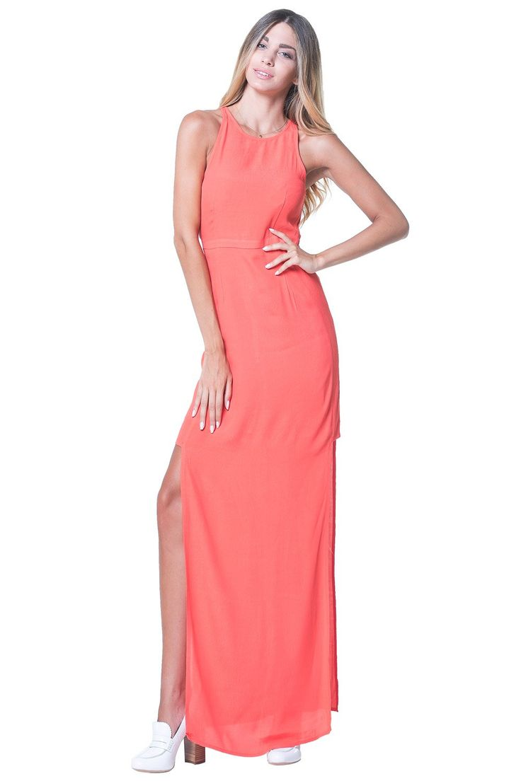The Runnaaway Dress. Θα φοράτε αυτό το καταπληκτικό φόρεμα από τη Minkpink όλο το καλοκαίρι! Αμάνικο, με κοντή λαιμόκοψη, διαφάνεια και δύο σκισίματα στα πλαϊνά, θα σας κάνει να εντυπώσιάσετε και να μαγνητίσετε όλα τα βλέμματα. Συνδυάστε το με ένα ζευγάρι σανδάλια και ανέμελο σπαστό μαλλί. Λεπτομέρειες: Ανελαστικό, μερικώς φοδραρισμένο, 100% βισκόζη. Πλύσιμο στο χέρι με κρύο νερό.