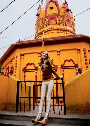 Vlada Roslyakova Himalayas India  У храма Прачин Рамешвар в Ришикеше