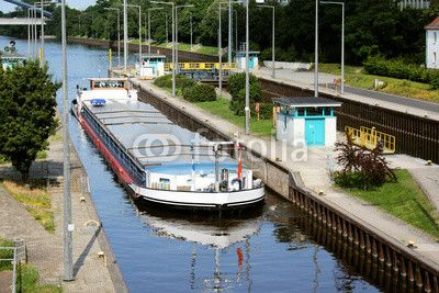 Inland ship (freighter) in the sluice. Offenbach at the Main / Hesse.