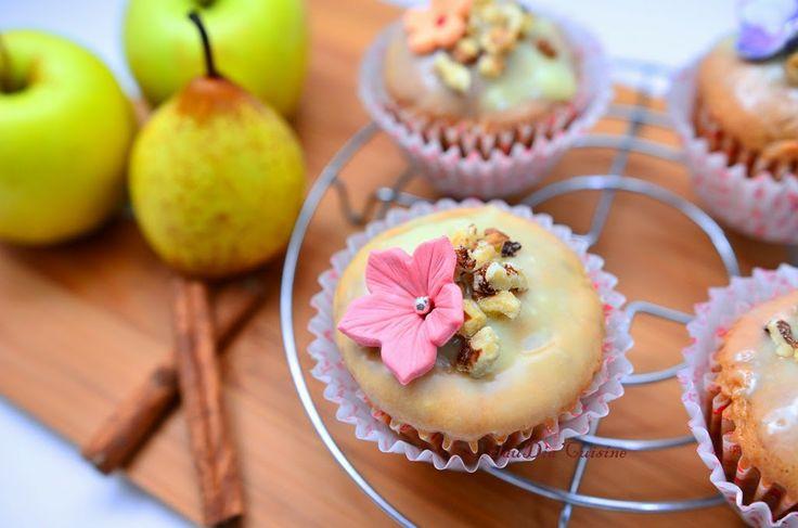 dia.cuisine: Muffins cu mere, pere, nuci, scortisoara si toppin...