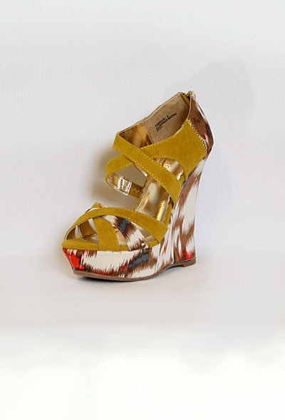 Multi Strap Tie-Dye Wedge: Shoes, Straps Ties Dyed, Ties Dyed Wedge I, Dyes Suede, Ties Dyed Wedges, Suede Wedges, Converse Pieces, Fashion Nympho Maniac, Prints Wedges
