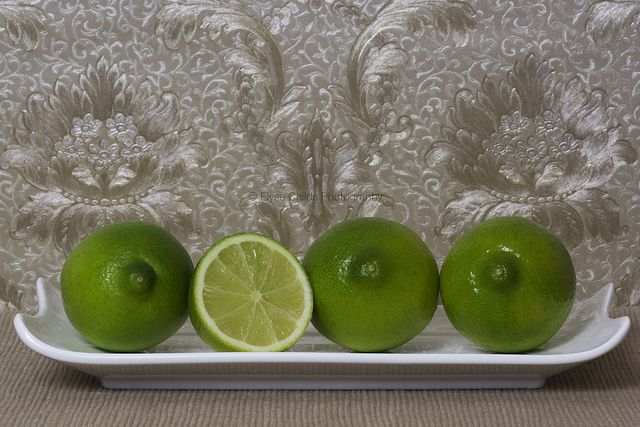 Studio assignment - Limes | © Elyse Childs Photography