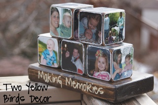 Make your own family memory blocks, love this as a gift idea:)