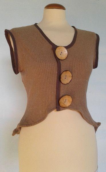 Gilet & Smanicati - Giacchina in maglia con bottoni in legno naturale - un prodotto unico di SusannaSilicani su DaWanda