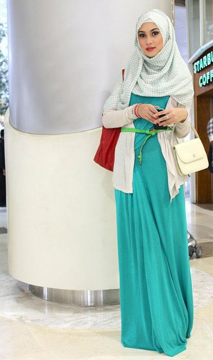 Style hijab long dress