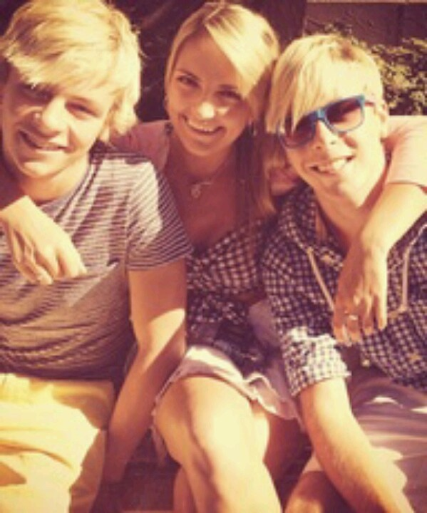 Ross Rydel and Riker Lynch- R5.... In this picture Rydel looks like Jamie Lynn Spears