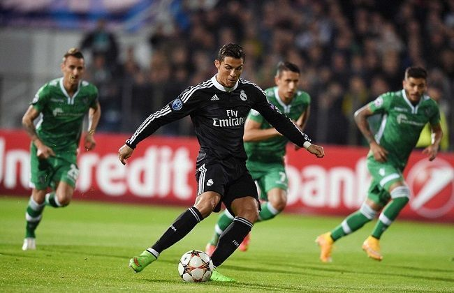 Błąd sędziego w Lidze Mistrzów • Ludogorets Razgrad vs Real Madryt • Cristiano Ronaldo wymusił rzut karny • Wejdź i zobacz więcej >>