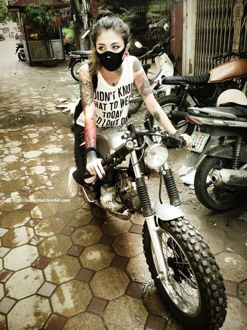 ❤️ Girls on Bikes ❤️ Biker Babes ❤️ Lady Riders ❤️ Girls who ride rock ❤️ Women Riding Motorcycles ❤️ TinkerTailorCo ❤️ #bikerstopsuk ❤️