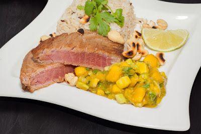 Jemy Pijemy : Stek z tuńczyka z tropikalną salsą