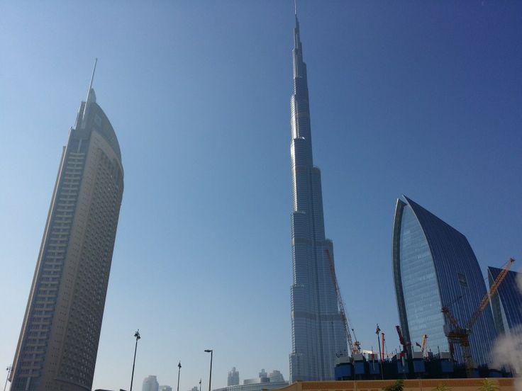 Burj khalifa tower dubai edificio m s alto del mundo y for Edificio movil en dubai