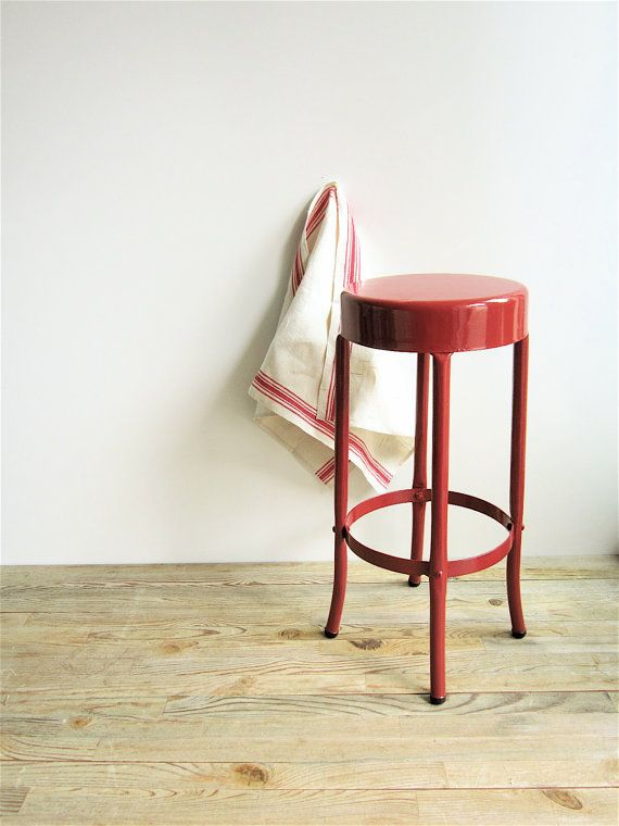 Metal vintage stool painted in beautiful red. Farmhouse or Urban Industrial Look. Measures 24 tall x 12 wide & 89 best bar STOOLS images on Pinterest | Bar stools Chairs and ... islam-shia.org