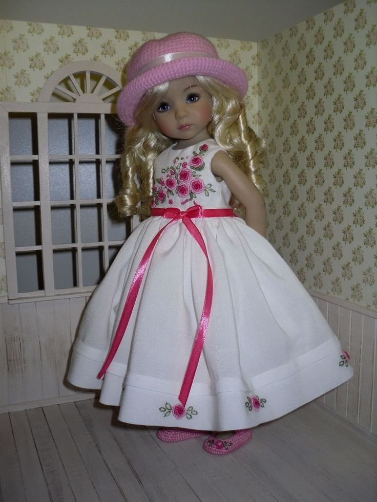 Embroidered rose set for Dianna Effner Little Darling 13 inches doll - 6 pcs #Unbranded