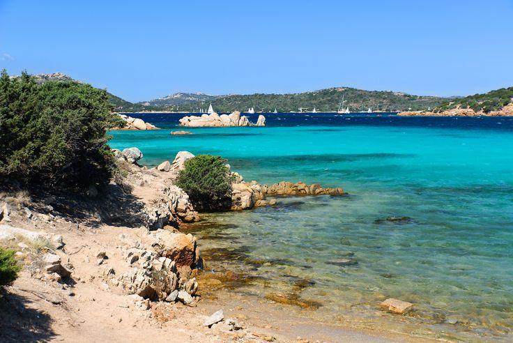 Geheimtipp Caprera: 7 Tage auf Sardinien im Apartment für 4 inklusive Flug ab 317 € pro Person - Urlaubsheld | Dein Urlaubsportal