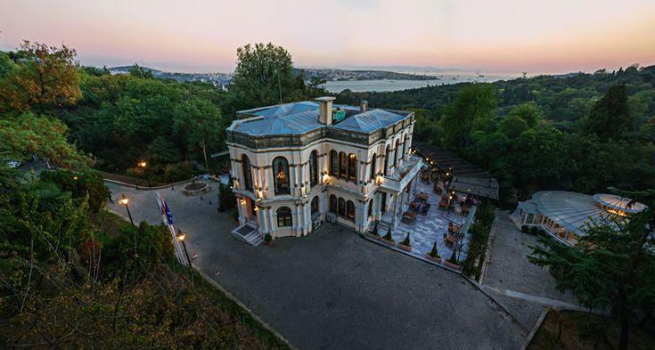 YILDIZ PARKI MALTA KÖSKÜ Yıldız Parkı Malta Köşkü; İstanbul Boğazı'nın Rumeli yakasında Beşiktaş ve Yıldız arasında bulunan Yıldız Parkında 1871 tarihlerinde Sedir Köşkü olarak inşa edilmiştir. Beşiktaş - Ortaköy Caddesi üzerinden Yıldız Parkı'na girildiğinde solda yer alan bu köşk. Sultan Abdülaziz tarafından saray bahçesi dekoru olarak Sarkis Balyan ve kardeşlerine yaptırılmıştır. Köşkün önünde Yıldız Parkı'nın iki büyük havuzundan biri bulunmaktadır.