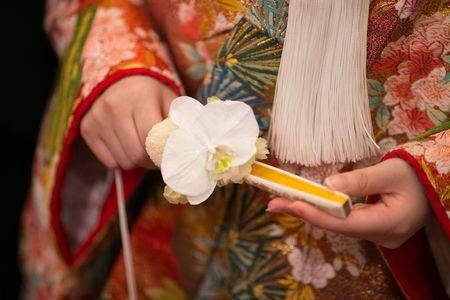 花嫁様の手作りです 扇の胡蝶蘭ブーケ 新郎新婦様からのメール 代官山 鳳鳴館の花嫁様から 夏の装花に : 一会 ウエディングの花