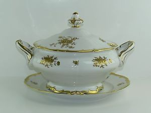 "Weimar Porzellan Germany ""Katharina"" White with Gold Roses Porcelain Soup Tureen 