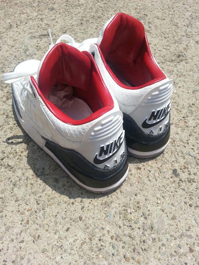 8c7e23fb372 ... Nike Roshe One Wolf Grey Jordan 3 Custom PMK x Air Jordan 3 Retro 88  Custom . ...