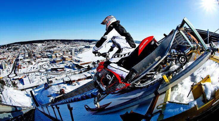 67m Snowmobile-Sprung von einer Skisprungschanze » Daniel Bodin fliegt auch gerne mal mit seinem Snowmobile eine Skis ...
