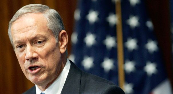 Former New York Governor George Pataki: Muslims Inciting on the Internet Need to be Arrested
