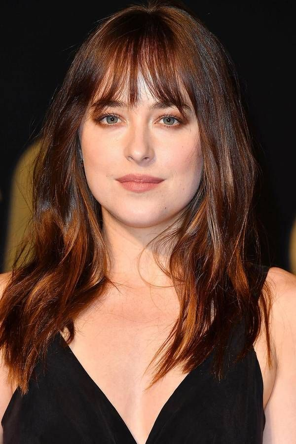 These Are The Best Bangs For Every Face Shape According To Stylists Oval Face Hairstyles Oval Face Haircuts Oval Face Bangs
