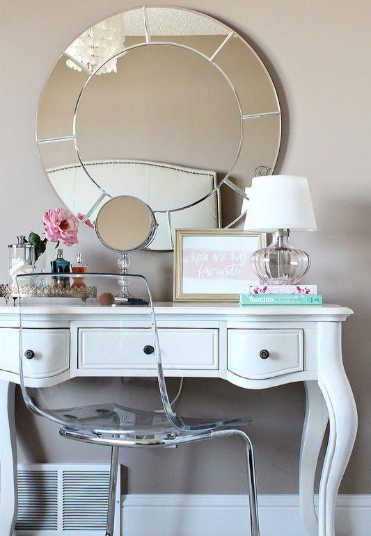 Espelhos redondos, penteadeiras charmosas