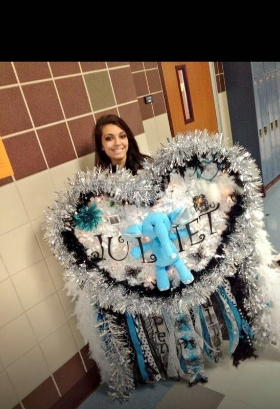 Giant Homecoming Mums