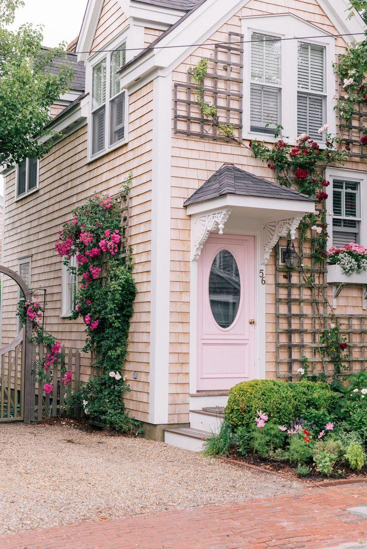 Gal Meets Glam A Week On Nantucket