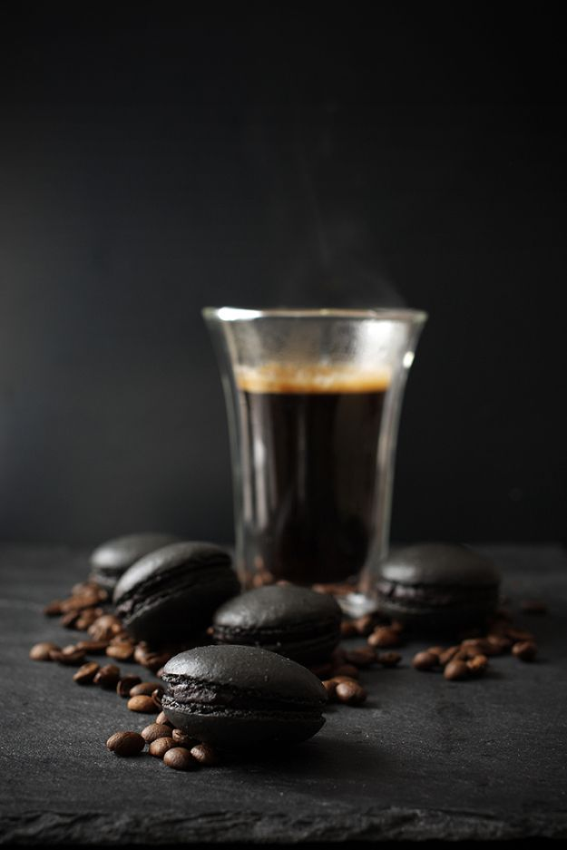Black Coffee Macaroons... They look so rich and delicious with a surprise center!  Go to the website and scroll way down for the recipe in English