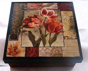 Caixa Tulipa Vermelha - Decoupage (com interior flocado) by Belle Arti DaLila, via Flickr