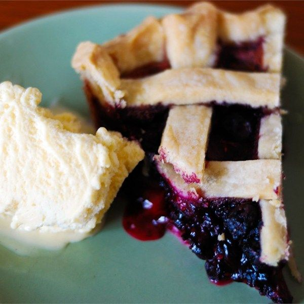 "How To Bake Fruit Pies I ""A few tips will make your pies come out looking and tasting perfect."""