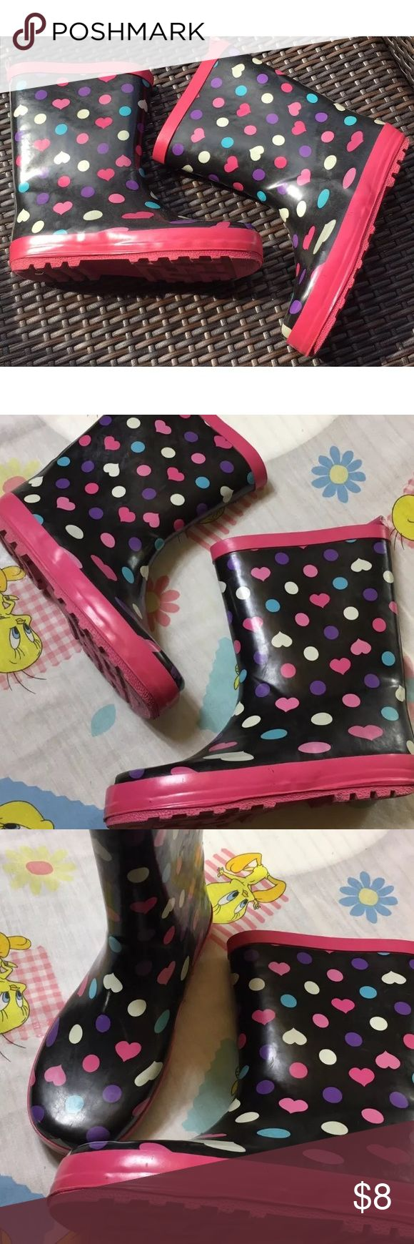 Girls rubber rain boots Sz 2-3 Great used condition. Worn twice Shoes Rain & Snow Boots