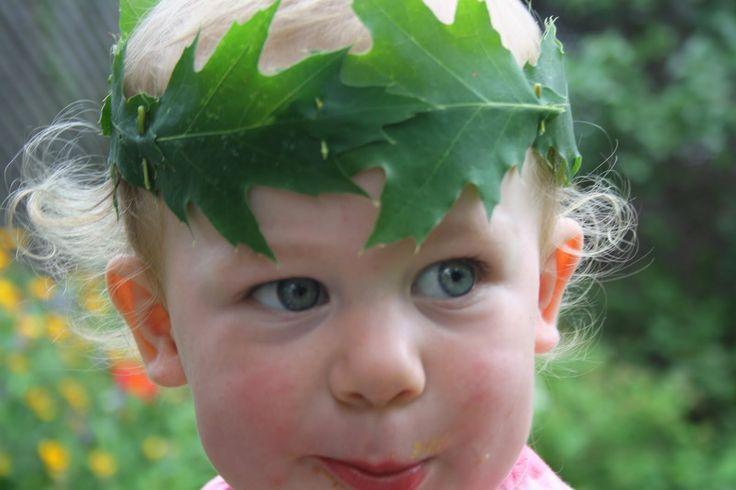 6. Overzicht van het leven van Paulus.  De goede strijd gestreden. Je kunt de lauwerkrans van echte bladeren laten maken met bv dun ijzerdraad. Je kunt ook papieren bladeren of bloemen van bv crêpepapier doen.  Twig and Toadstool: Leaf Crowns!