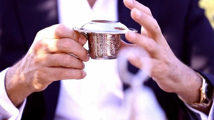 How do you take your coffee? A dash of sugar, a touch of milk? Four Seasons Hotel Istanbul Sultanahmet wants to help you discover the art of Turkish coffee and the rich history surrounding it.  #FSTaste