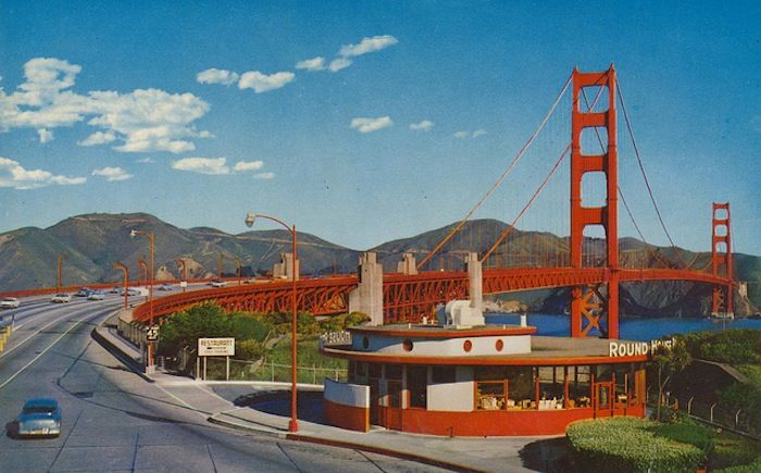 A Compendium of Vintage Postcards from the Great American Road Trip