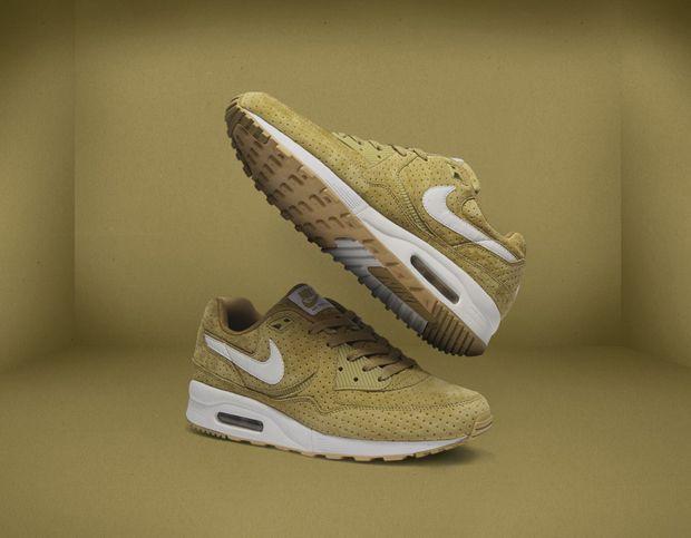 Size? x Nike Sportswear Air Max Light