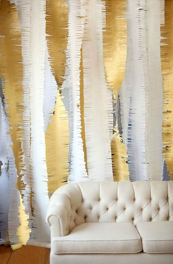 8 Incredible New Yearu0027s Eve Party Decoration Ideas   DIY Extra Large White  And Gold Streamers