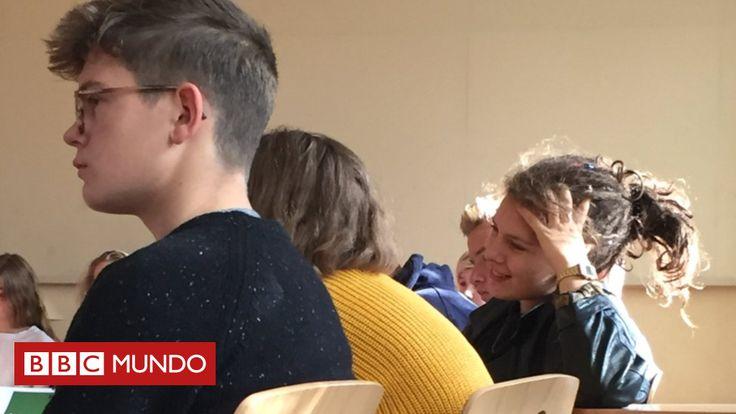 La escuela de Berlín que quiere revolucionar la educación en Alemania (y en el mundo)  ||  En la Escuela Evangélica de Berlín Centro, los alumnos eligen qué temas quieren aprender y cuándo realizar las pruebas. No hay un cronograma fijo ni instrucciones al viejo estilo. La idea es promover la autoconfianza de los más de 640 adolescentes que asisten a ella. Pero ¿cómo funciona y qué ha logrado hasta ahora? BBC Mundo estuvo allí. http://www.bbc.com/mundo/noticias-41720644