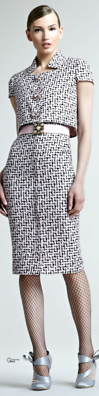 Oscar De La Renta ● Tweed Trompeloeil Dress                                                                                                                                                      Mais