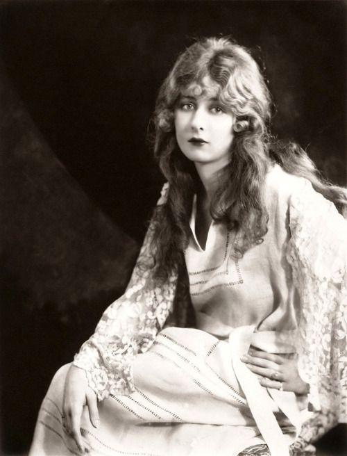 classiclegend:  Mildred Harris