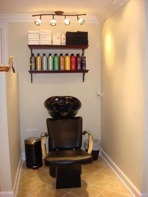 Image Result For Small Beauty Salon Interior Design Ideas Salao De Cabeleireiro Pequeno Lavatorio Salao De Beleza Sala De Beleza