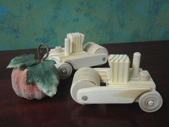En bois jouet rouleau compresseur de la par MyFathersHandsLLC