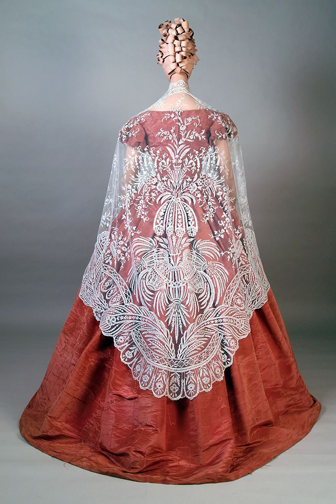 Evening dress and shawl, 1850's From the Kent... - Fripperies and Fobs