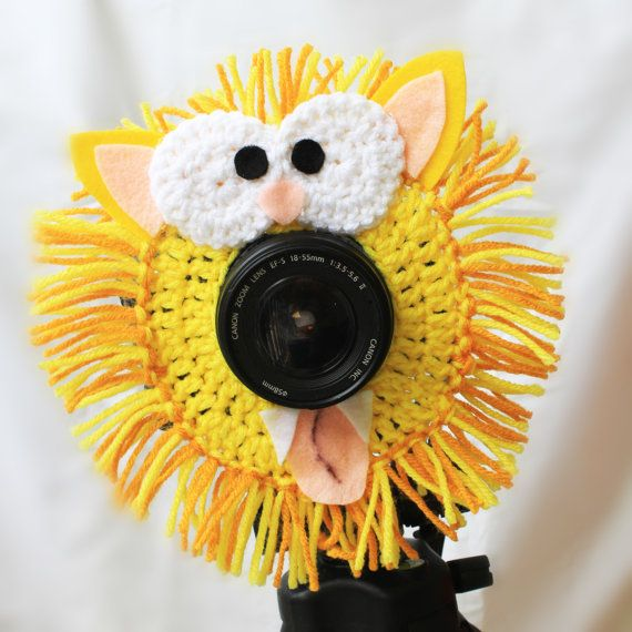 Crochet Camera Lens Buddy - Leo the Lion (Etsy $15.99)