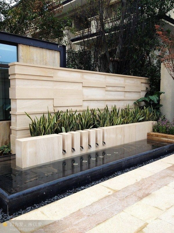 Best 25 compound wall design ideas on pinterest for Compound garden designs